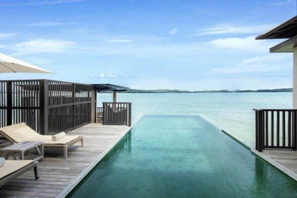 افضل فنادق جزيرة لنكاوي مع مسبح خاص لشهر العسل , فندق ريتز كارلتون لنكاوي