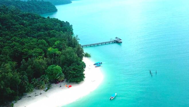 شهر عسل ماليزيا, جزيرة المرأة الحامل في لنكاوي