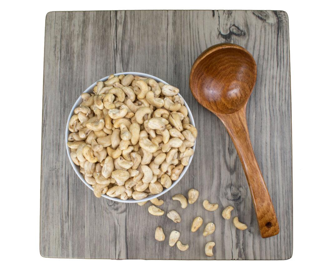 bulk cashews