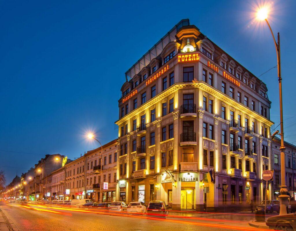فندق بانوراما في لفيف