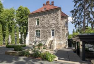 lion's castle lviv
